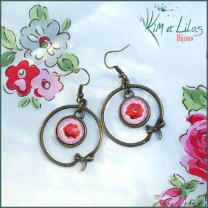 Boucles d'oreilles Créole fleur de Géranium à pois rose
